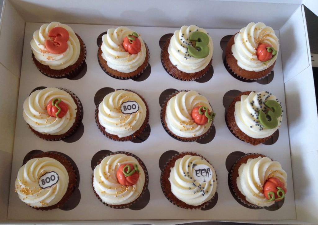 12 er Hallooween Cupcake Box